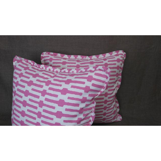 Traditional Annie Selke Throw Pillows in Links Cotton Print - a Pair For Sale - Image 3 of 5