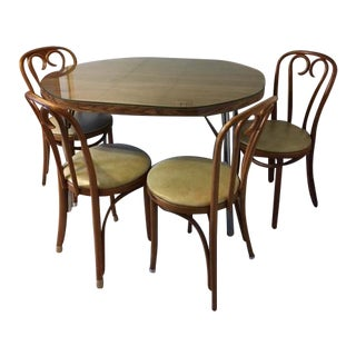 Traditional Kitchen Dinette Table & Chairs - Set of 5