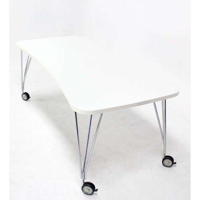 Kartell 1990s Vintage Medium Kartel Max Dining or Conference Table For Sale - Image 4 of 11