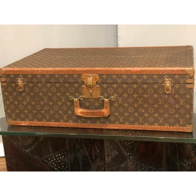 Canvas Louis Vuitton Suitcase in the Iconic Monogram Canvas For Sale - Image 7 of 12