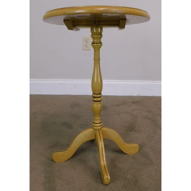 Bicentennial Colonial Yellow Stenciled Tilt Top Oval Side Table by Lock For Sale In Philadelphia - Image 6 of 13
