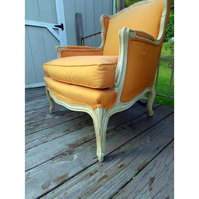 Henredon White Frame Orange Upholstery Louis XV Down Fill Bergere Chair For Sale - Image 6 of 13