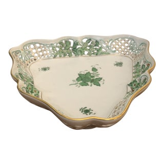 1940s Gold Rim Green Leaves Herend Serving Plate For Sale