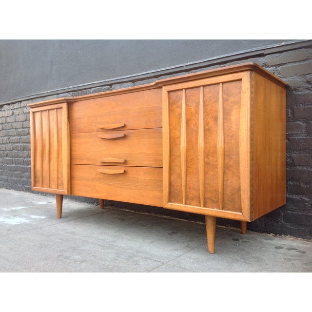 Mid-Century Modern 3-Drawer Bird's Eye Maple Credenza For Sale - Image 3 of 7