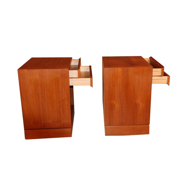 1970s Arne Wahl Iversen Teak Danish Modern Nightstands End Side Tables Pair For Sale - Image 5 of 12