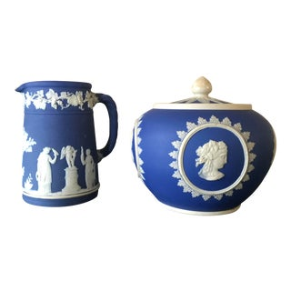 Neoclassical Wedgwood Jasperware Cream & Sugar Containers - 2 Pieces For Sale