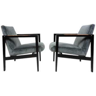 Pair of Edward Wormley for Dunbar Mahogany Mid-Century Modern Lounge Armchairs For Sale