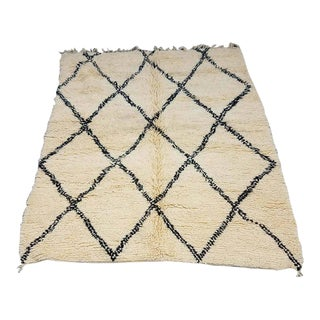 Moroccan Beni Ourain Rug - 5′ × 7′ For Sale