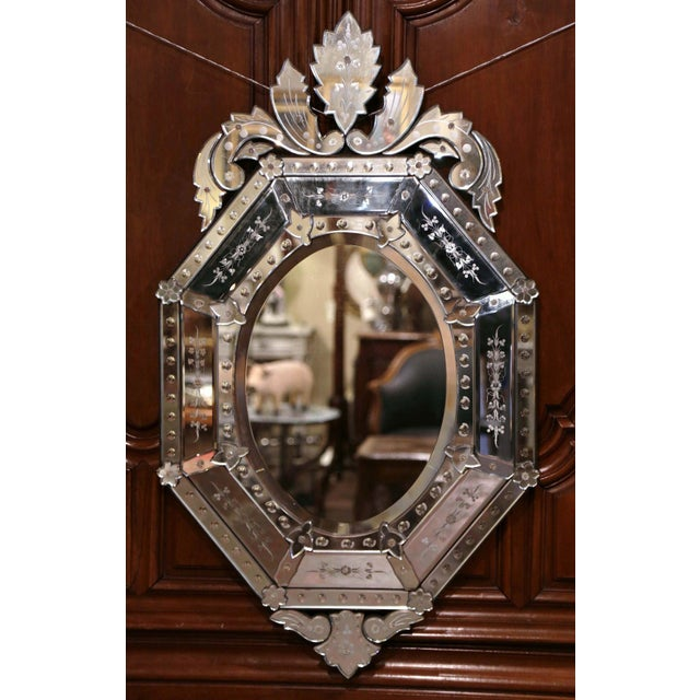 Early 20th Century Italian Venetian Octagonal Mirror With Painted Floral Etching For Sale - Image 4 of 9