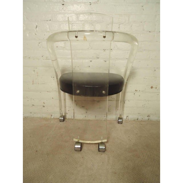 "Wycombe-Meyer Lucite ""Loop"" Chairs - Set of 4 - Image 4 of 8"