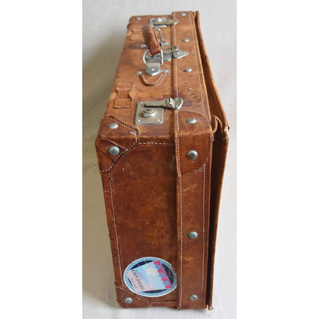 Early 20th Century 1940s Tanned Leather Suitcase Luggage With Travel Stickers For Sale - Image 5 of 9