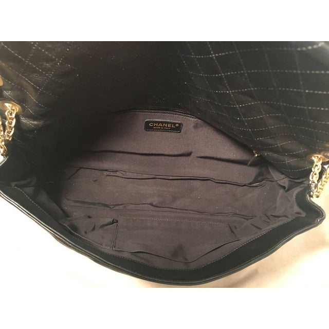 c6c7c17d1164 Animal Skin Chanel Black Pleated Leather Classic Flap Shoulder Bag For Sale  - Image 7 of
