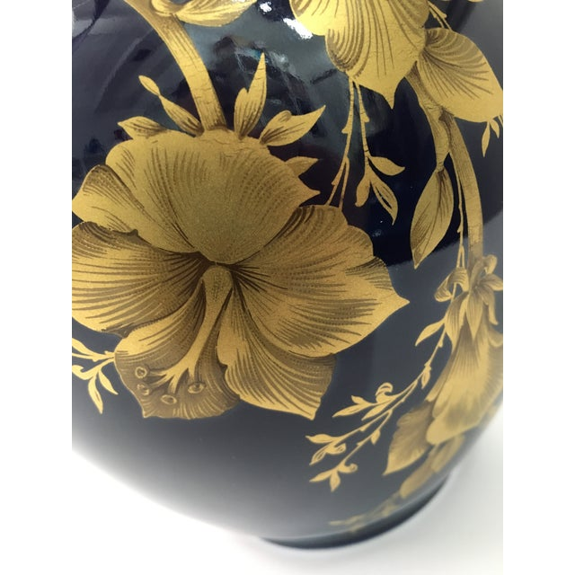 Ink Blue Cobalt Porcelain Vase With 22 Carat Gold Floral Motif by A. K. Kaiser W Germany For Sale - Image 8 of 11