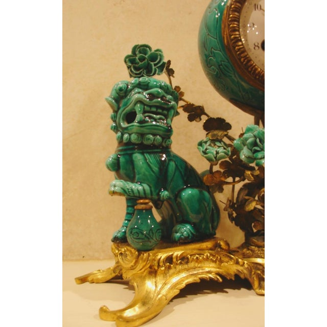 A Chinese Porcelain and French Ormolu Mounted Clock Garniture - Image 7 of 8