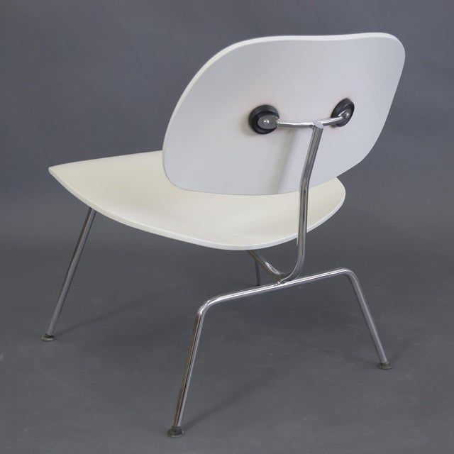 Metal Mid-Century Modern Eames Style White Lounge Chair For Sale - Image 7 of 11