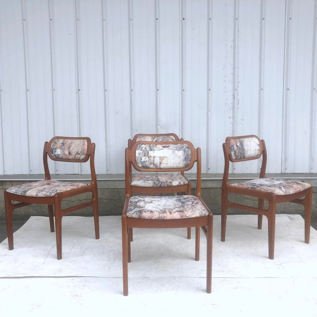 Burnt Umber Mid-Century Modern Sculpted Teak Dining Chairs- Set of Four For Sale - Image 8 of 13