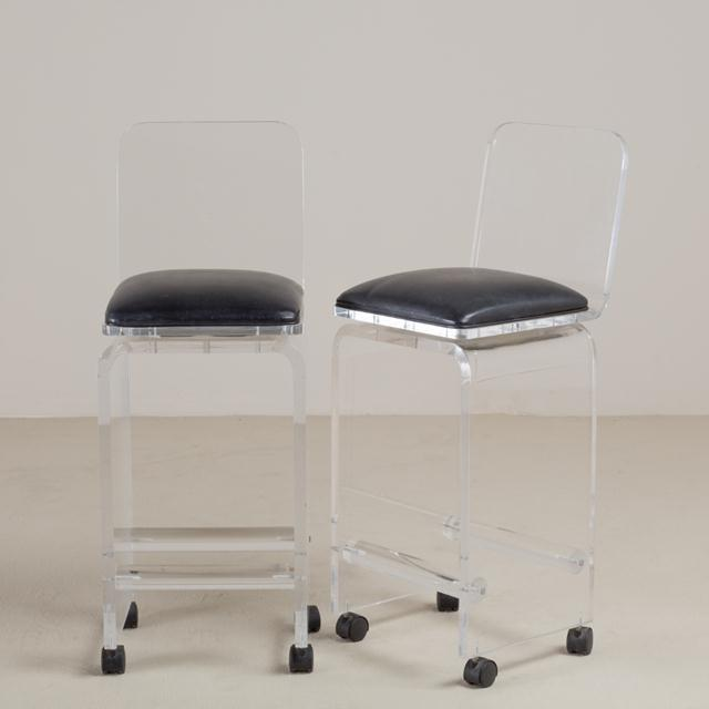 Lucite Pair of Lucite Faux Leather Swivel Bar Stools, 1980s For Sale - Image 7 of 7
