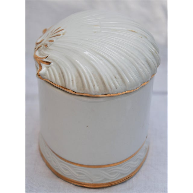 Vintage White and Gold Porcelain Box With Seashell Lid - Image 5 of 9