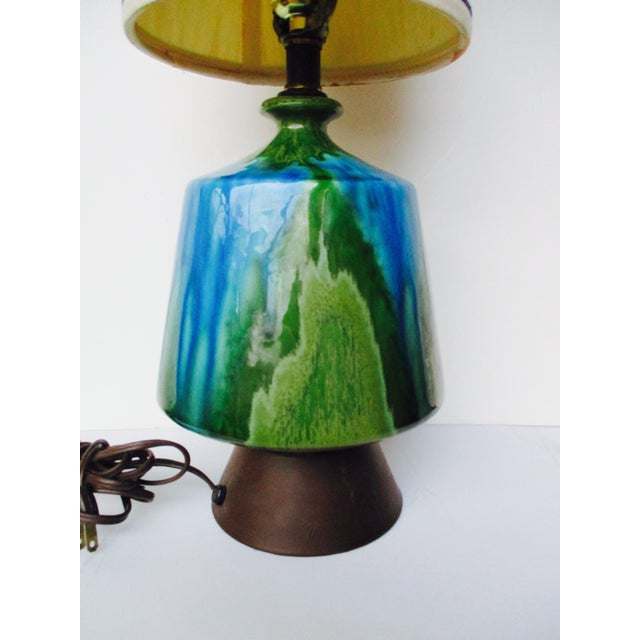 Mid-Century Modern Turquoise Ceramic Table Lamp - Image 7 of 11