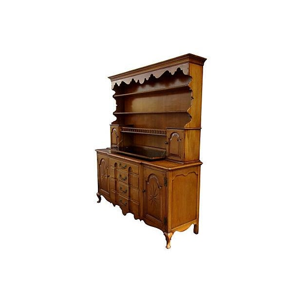 Early American style from the Pennsylvania Dutch Region. This breakfront can be used as a hutch or a minibar.