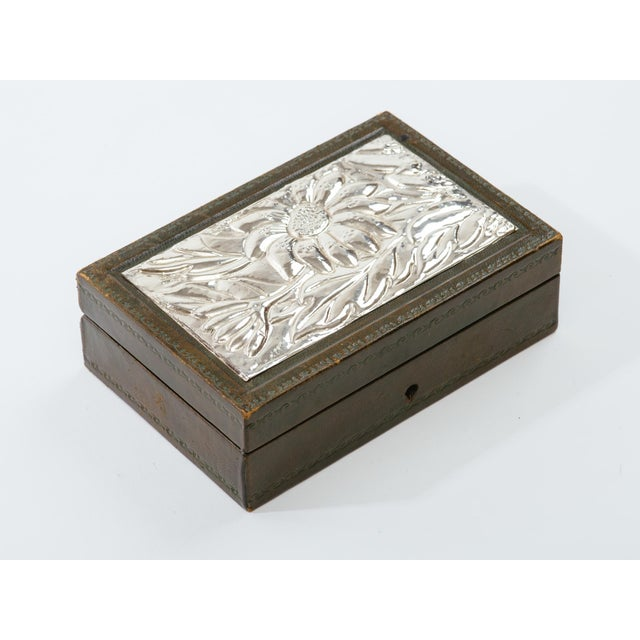 Italian Leather and Silver Repousse Jewelery Box For Sale In New York - Image 6 of 12