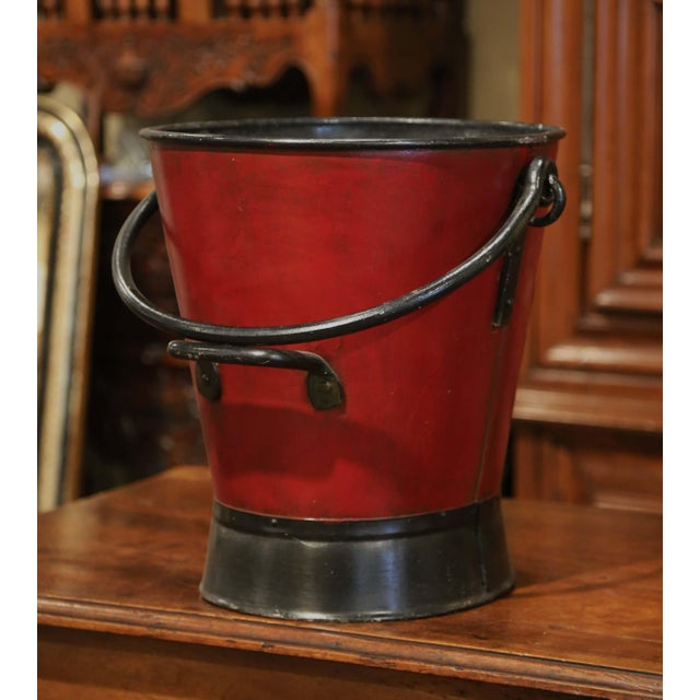 Iron 19th Century French Black and Red Iron Coal Basket With Decorative Painted Decor For Sale - Image 7 of 11