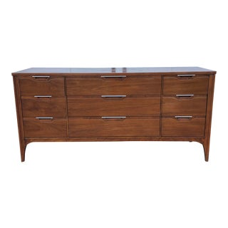 Impact by Kent Coffey Long Dresser Mid-Century Modern Walnut Console Tv Stand For Sale