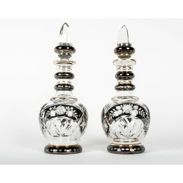 Pair of Etched Crystal Decanter For Sale In New York - Image 6 of 6