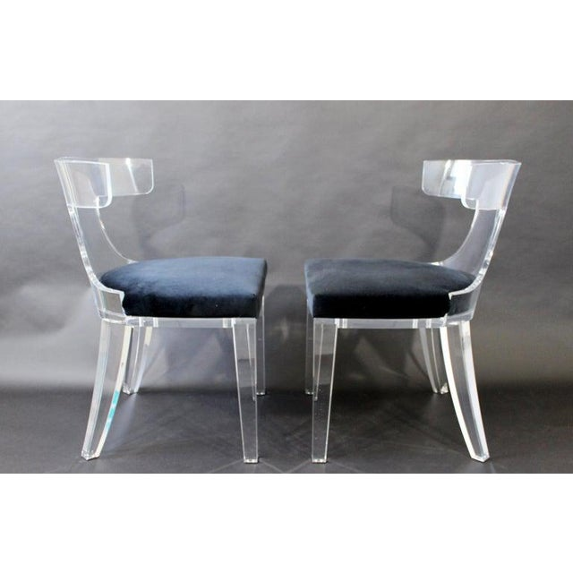 Contemporary Contemporary Modernist Curved Lucite and Velvet Side Accent Side Chairs-a Pair For Sale - Image 3 of 8