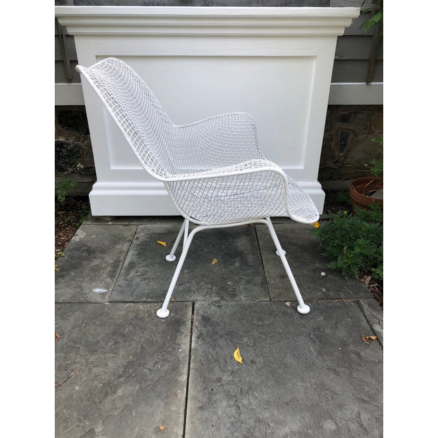 """1950s Woodard """"Sculptura"""" White Patio Chairs - a Pair For Sale In West Palm - Image 6 of 14"""