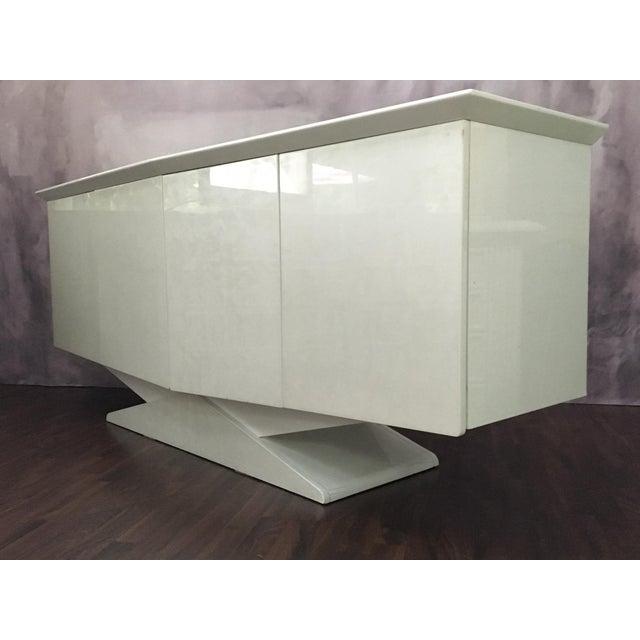 Modern Ello Art Deco White Pearlescent Console Cabinet Credenza - Image 3 of 10