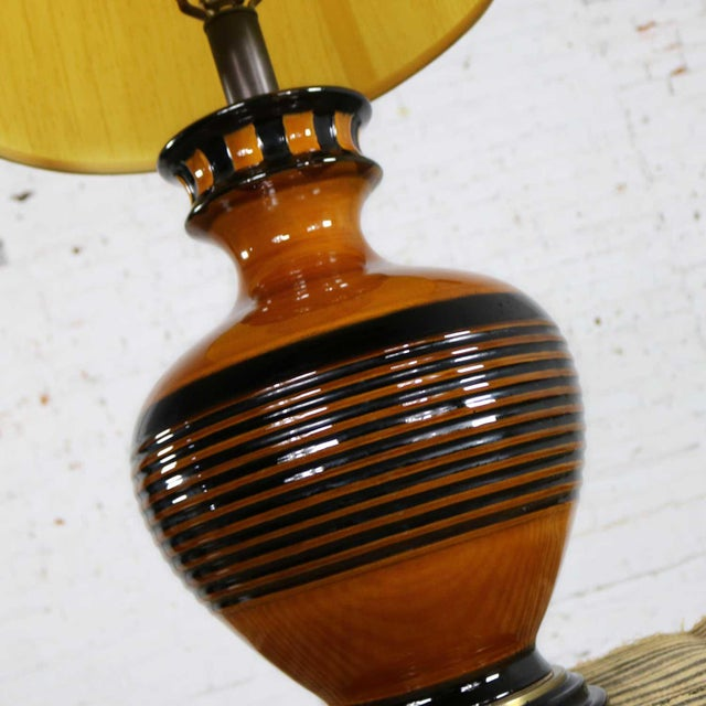 Large Brown and Black Mid Century Modern Bulbous Ceramic Lamp For Sale - Image 10 of 13