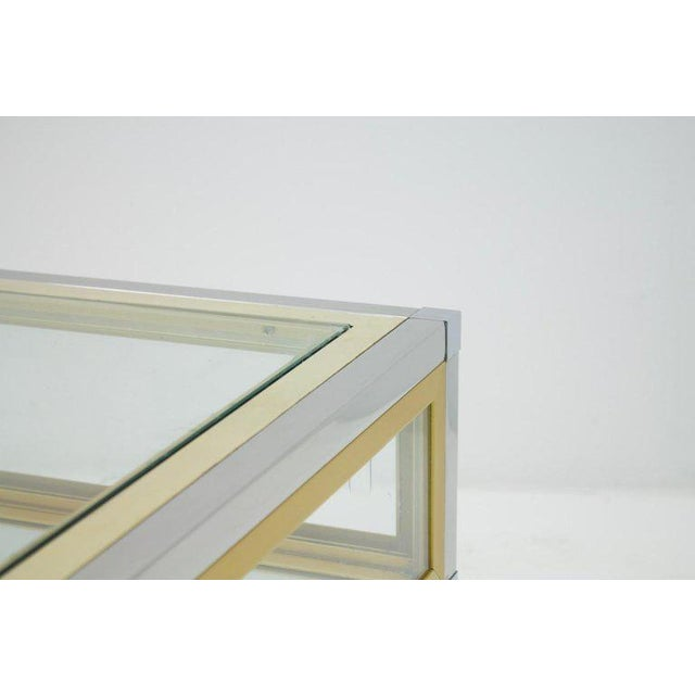 Gold Vitrine Coffee Table in Chrome, Brass and Glass, France 1970s For Sale - Image 8 of 13