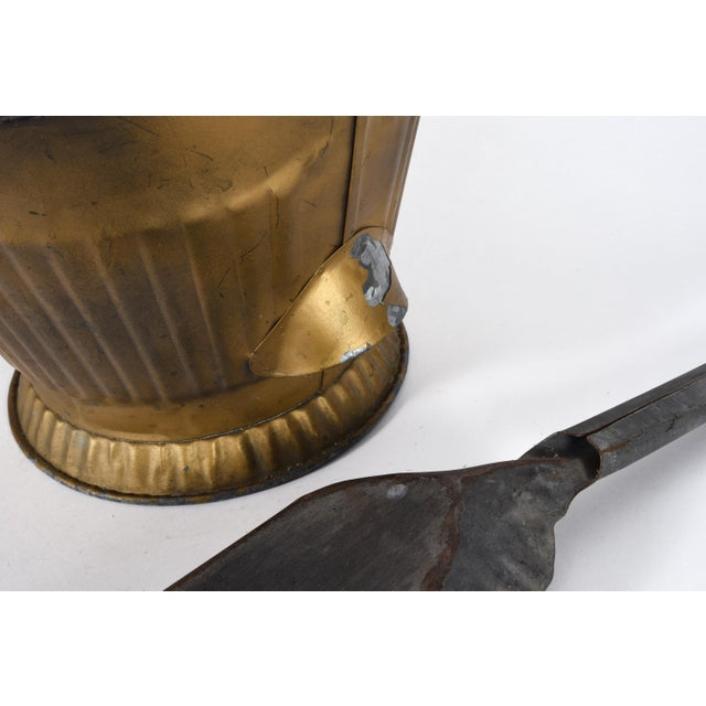 Mid-20th Century Coal Scuttle Fireplace Bucket and Scooper For Sale In New York - Image 6 of 10