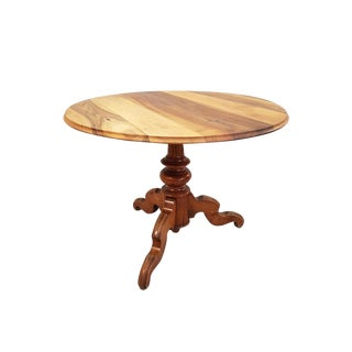 French Solid Round Single Pedestal Walnut Bistro Queen Anne Dining Table For Sale