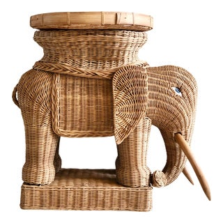 1970s Vintage Boho Chic Wicker Rattan Elephant Side Tray Table
