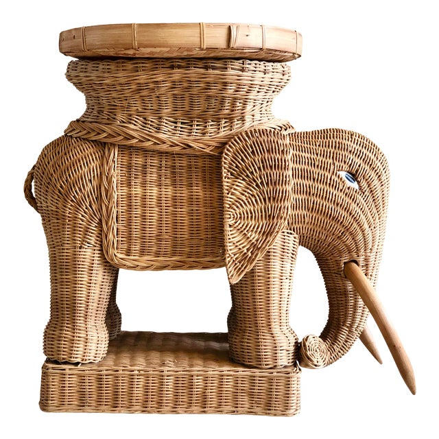 1970s Vintage Boho Chic Wicker Rattan Elephant Side Tray Table For Sale