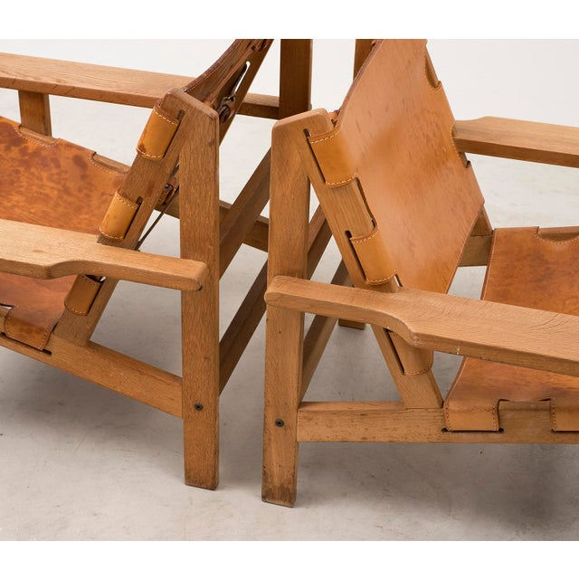 Pair of Kurt Ostervig Hunting Chairs in Oak and Leather, Denmark 1960s For Sale In Santa Fe - Image 6 of 11