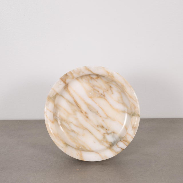 ABOUT This is an original vase by Angelo Mangiarotti for Knoll International. This piece is reversible and can be used as...