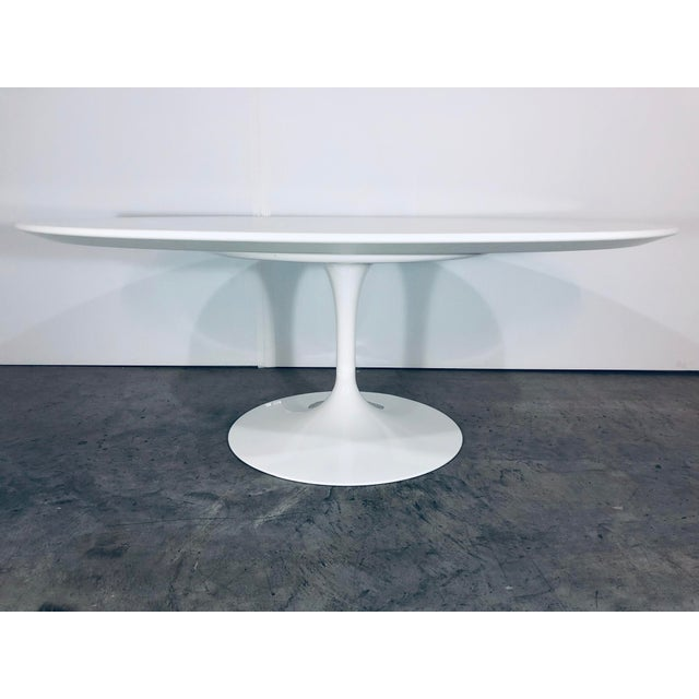 Knoll Mid-Century Modern Eero Saarinen for Knoll Oval White Laminate Tulip Coffee Table For Sale - Image 4 of 12