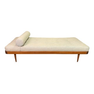 1960s Vintage Danish Mid Century Modern Teak Daybed For Sale