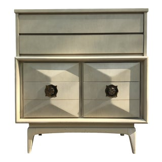 1960s Mid Century Modern United Furniture Diamond Front Highboy For Sale