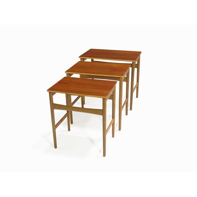 Hans Wegner Teak and Oak Danish Nesting Side Tables - Set of 3 For Sale In San Francisco - Image 6 of 11