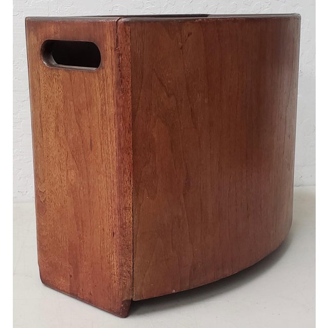 Mid-Century Modern Stow & Davis Teak Paper Bin c.1960s Vintage waste basket bin by Stow and Davis. The bin is made from...