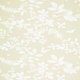 Sample - Schumacher Shadow Vine Wallpaper in Bone For Sale
