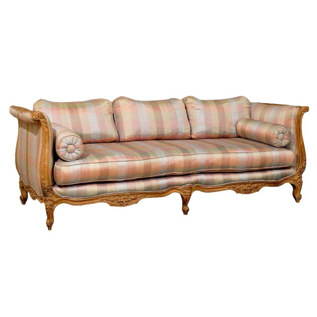 20th Century Louis XV Style Carved Wood Sofa or Daybed For Sale