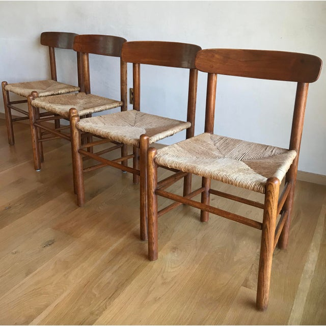 Mid Century Modern Early Edition Danish Børge Mogensen for Fredericia J39 Rush Rattan Chairs - Set of 4 For Sale In San Diego - Image 6 of 12