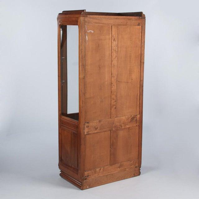 French Art Deco Walnut Vitrine/Display Cabinet - Image 9 of 11