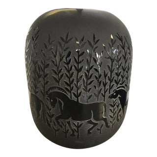 1990s Kelsey Pilgrim Glass Cameo Black Horse Vase For Sale
