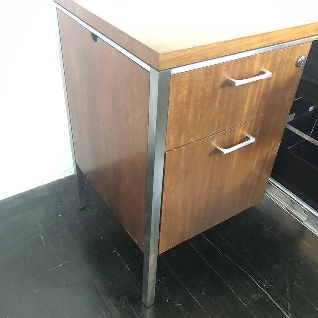 1960s Mid Century Modern Walnut File Drawers by the General Fireproofing Co For Sale - Image 10 of 13